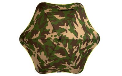 Stylisches camouflage in Kombination mit orange