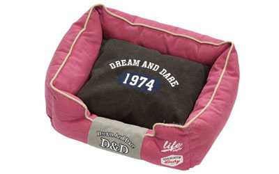 D&D Dream and Dare Life Hundebett 1974, red-black