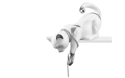 Handbemalte Keramik Katzen (spielend) mit Platinzeichnung und Swarovski Kette
