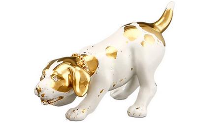 Handbemalter Keramik Terrier mit Swarovski Augen, Kette und Goldzeichnung