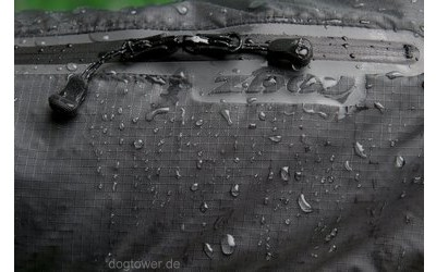 Hundejacke Rain Skin schwarz: Regen perlt ab