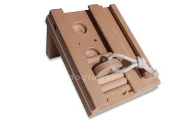 Holzspielzeug für Hunde
