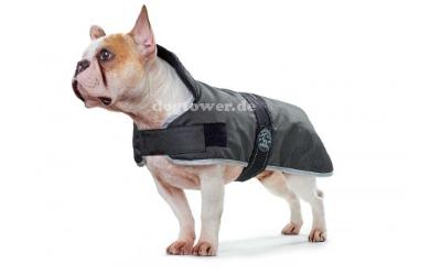 Hundemantel auch für bullige Hunderassen geeignet