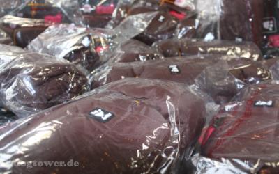 Brauner Hundemantel aus der Hurtta Collection