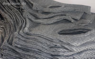 Hergestellt in Deutschland - IQO Hundepullover Classic P1 granit