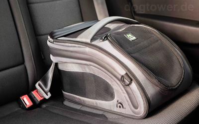 Einfaches Befestigen im Auto