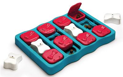 Nina Ottosson Hundespielzeug Dog Brick Plastik Neu