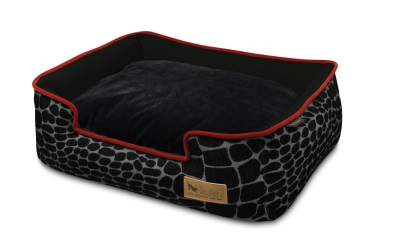 P.L.A.Y. Pet Lifestyle and You Lounge Bed Kalahari Black Giraffe/Sangria