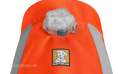 Einfach Befestigung an der Ruffwear Hundebekleidung