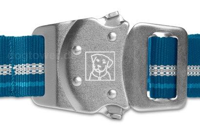 Einmaliger Talon Buckle™ Klickverschluss aus 100 % Metall
