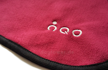 Hurtta Hundemantel von IQO in cranberry